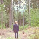 Natalie im Wald