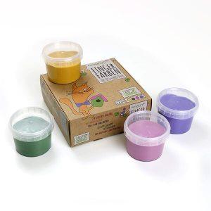 Geschenkidee für zweijährige Jungs. Man sieht vier kleine Farbeimer mit den Farben Grün, Gelb, Rosa und Lila von Neogrün