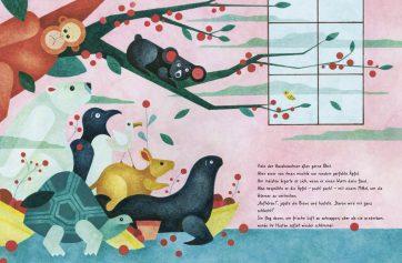 """Innenseite vom Buch """"Es war einmal ein Haus"""". Man sieht bedrohte Tierarten in einem Innengarten"""